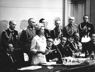 Queen Elizabeth II addresses a joint meeting of the Senate and Chamber of Deputies in Santiago, Chile