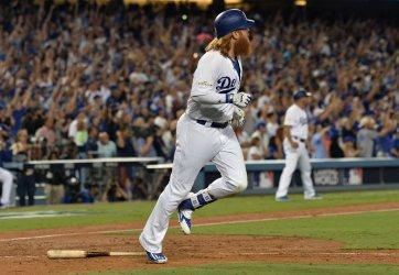 Dodgers Turner hits walk off three-run home run in the NLCS