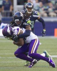 Minnesota Vikings  beat Seattle Seahawks 18-11 in Seattle