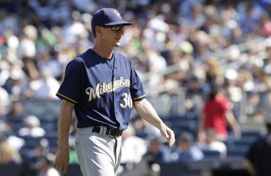 Brewers manager Craig Counsell at Yankee Stadium