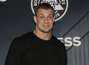 Rob Gronkowski arrives on the red carpet at ESPN Party