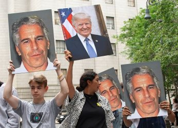 Billionaire Jeffrey Epstein charged with sex-trafficking in New York