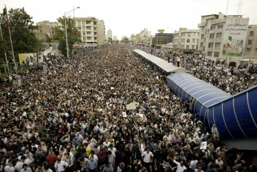 Massive Demonstration in support of Opposition Candidate in Tehran