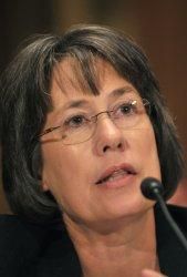 Chairman of the FDIC Sheila Bar testifies on the banking industry in Washington