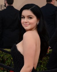 Ariel Winter attends the 22nd annual Screen Actors Guild Awards