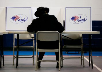 Virginia Voters go to the Polls to Elect a New Governor