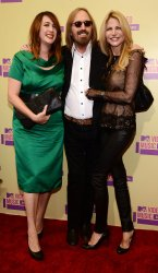 Tom Petty and his wife Dana and daughter Adria attend the 2012 MTV Video Music Awards in Los Angeles