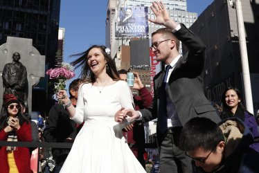 Valentine's Day wedding in Times Square
