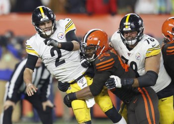 Steelers Rudolph hit by Browns Garrett
