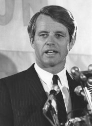 Robert F. Kennedy delivers speech in Chicago