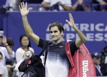 Juan Martin del Potro defeats Roger Federer at the US Open