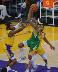 With Anthony Davis Nearing a Return, Star-Less Lakers Lose to Revived Jazz