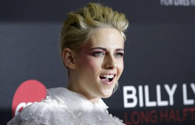 Kristen Stewart at Billy Lynn's Long Halftime Walk Premiere