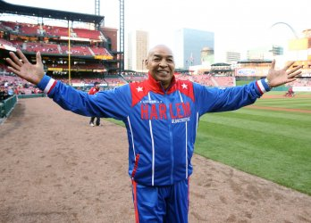 Harlem Globetrotters Curly Neal dies