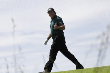 Phil Mickelson reacts at 118th U.S. Open in New York