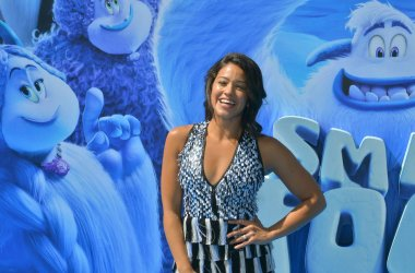 """Gina Rodriguez attends the """"Smallfoot"""" premiere in Los Angeles"""