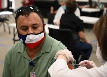 Texas Teachers Get COVID-19 Vaccine