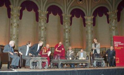 Dalai Lama leads 2009 Vancouver Peace Summit