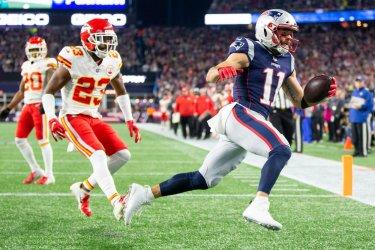 Patriots Edelman scores against Chiefs
