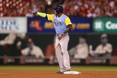 Tampa Bay Rays Adeiny Hechavarria hits two RBI double.