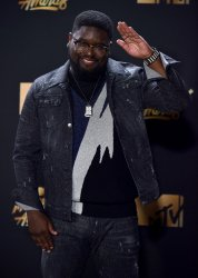 Lil Rel Howery backstage at the 2017 MTV Movie & TV Awards in Los Angeles