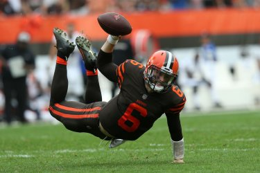 Browns Mayfield goes down for a sack against Ravens