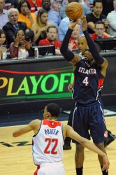 Washington Wizards vs Atlanta Hawks in Washington