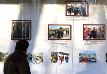 Chinese visit the North Korean embassy in Beijing