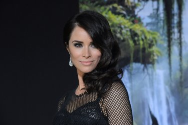 "Abigail Spencer attends ""Oz The Great and Powerful"" premiere in Los Angeles"