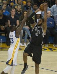 San Antonio Spurs Lamarcus Aldridge puts up a shot