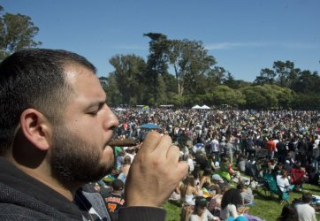 420 event in San Francisco brings thousands