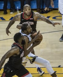 Warriors defeat Rockets 104-100