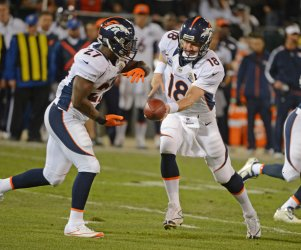 Oakland Raiders vs Denver Broncos in Oakland, California