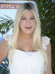 """Tori Spelling attends the """"Hotel Transylvania 3: Summer Vacation"""" premiere in Los Angeles"""
