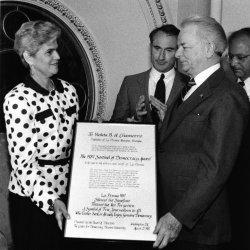 "Sen. Robert C. Byrd presents ""1987 Sentinel of Democracy Award"" to Violetta Chamorro of La Prensa newspaper"