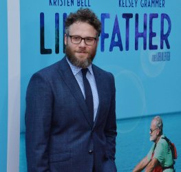 """Seth Rogen attends the """"Like Father"""" premiere in Los Angeles"""