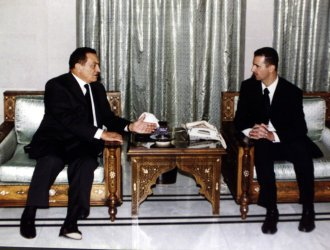 FRENCH PRESIDENT HOSNI MUBARAK PRESENTS CONDOLENCES TO BASHAR AL-ASSAD