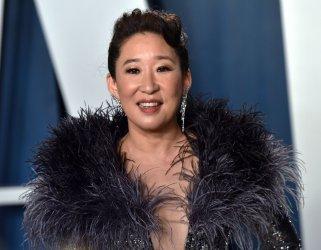Sandra Oh attends Vanity Fair Oscar party 2020