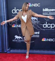 Jennifer Hudson attends the 2019 Billboard Music Awards in Las Vegas