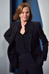 Sigourney Weaver attends 2020 Vanity Fair Oscar party