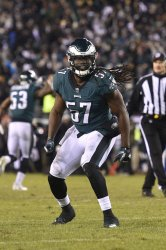 Eagles' Dannell Ellerbe reacts