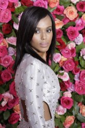 Kerry Washington arrives at the Tony Awards