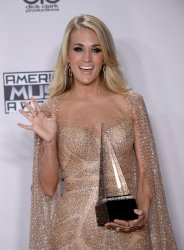 Carrie Underwood garners award at the 43rd annual American Music Awards in Los Angeles