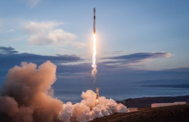 SpaceX Launches Iridium-8 Mission from Vandenberg Air Force Base