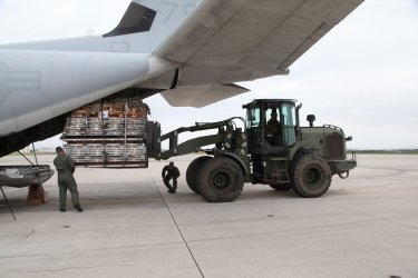 Marines Deliver Humanitanian Aid in the wake of Typhoon Haiyan in the Philippines