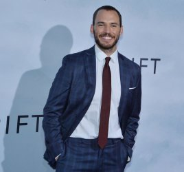 "Sam Claflin attends the ""Adrift"" premiere in Los Angeles"