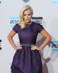 Actress Jenny McCarthy arrives at the 39th American Music Awards in Los Angeles