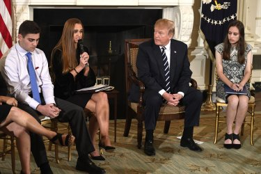 Trump hosts listening session with students on gun violence at schools