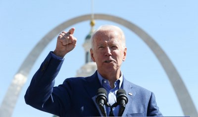 Joe Biden makes campaign stop in St. Louis