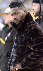 Steelers Antonio Brown On Sidelines Before Ravens Game